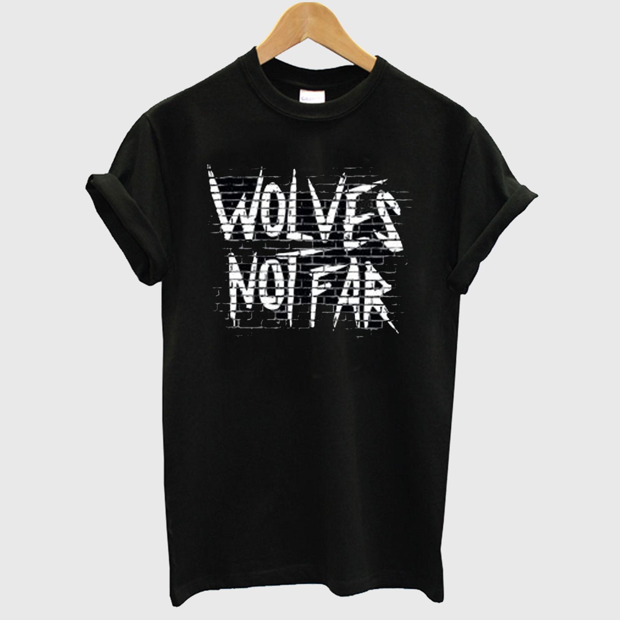Wolves Not Far T-Shirt