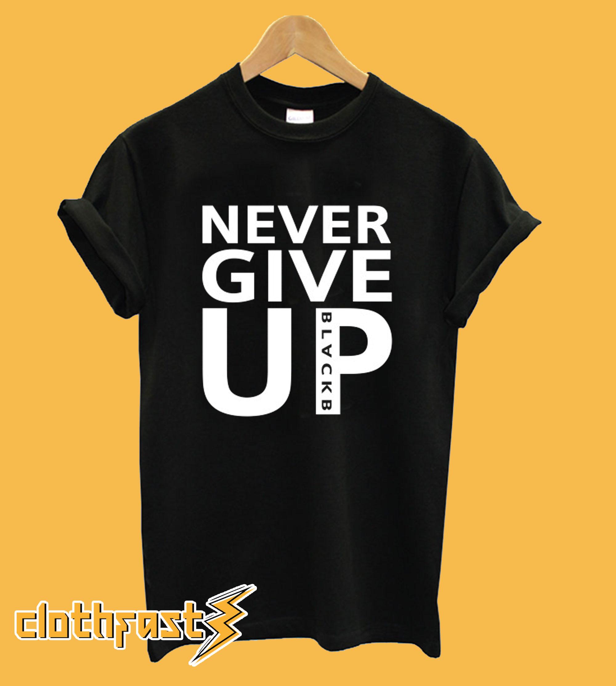 Never Give Up - Mo Salah T shirt